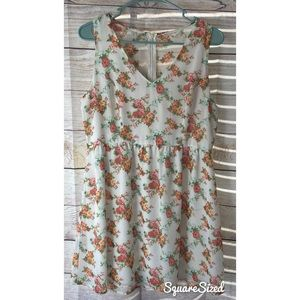 Lined spring white floral dress L sleeveless